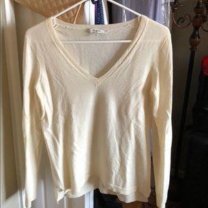 Cute off-white merino wool sweater